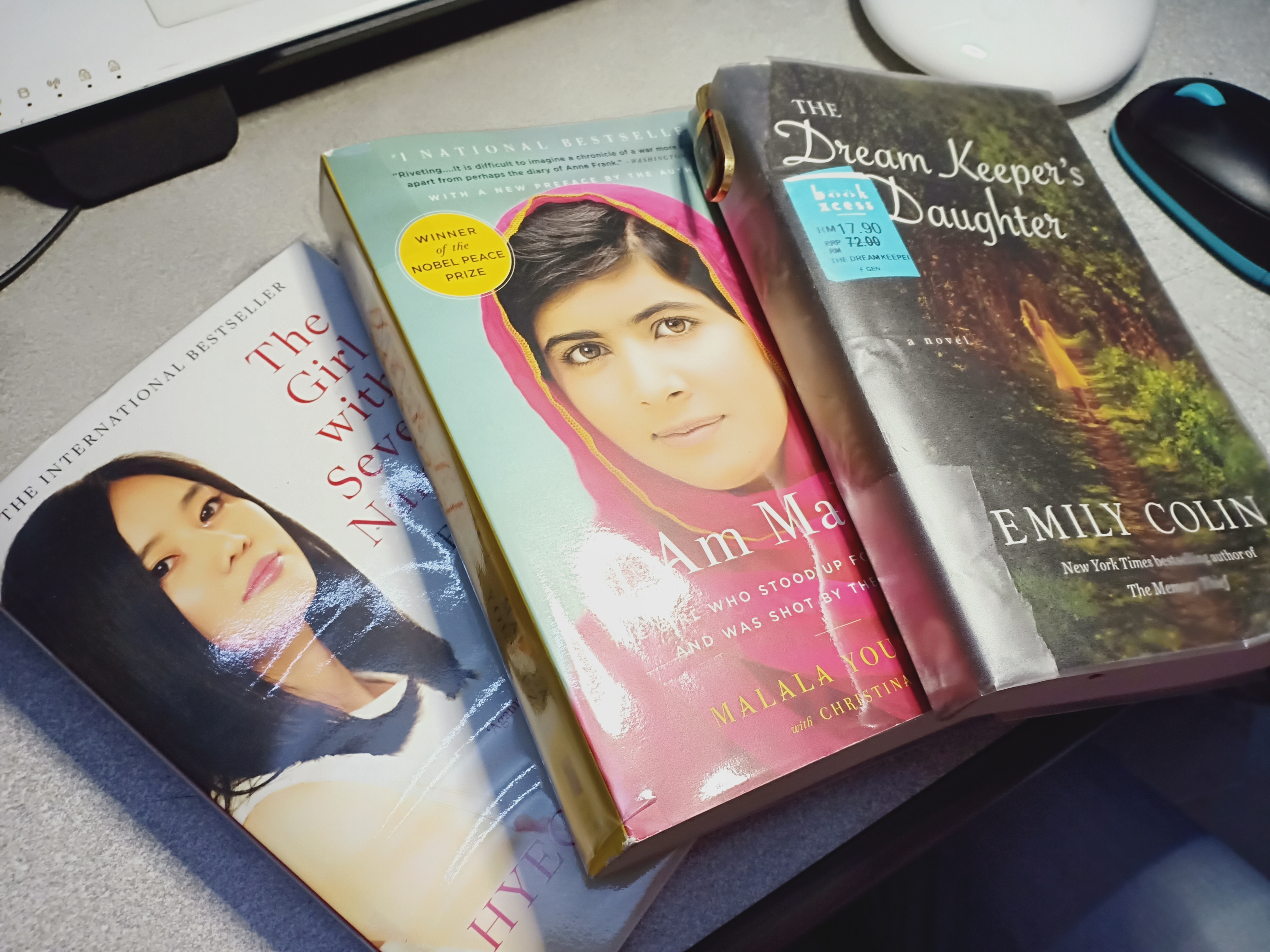 Books on my table - my next reads